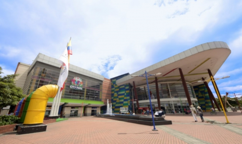 Centro Mayor recibe la certificación en calidad ISO 9001